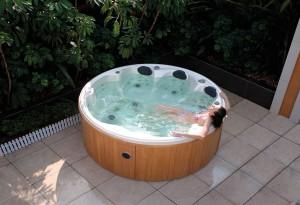 Blog del hidromasaje el spa y sus beneficios nuestras - Jacuzzi exterior barato ...