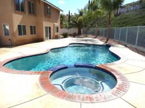Usos de la piscina con jacuzzi